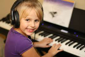 5 Reasons Everyone Should Take Music Lessons