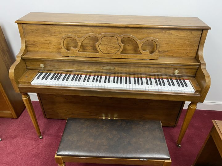 Lester/Kimball Console